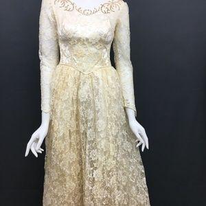 Wedding Dress 1940s Ivory Lace Train Sz Small Vtg
